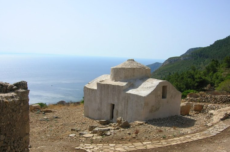 case romane e chiesa bizantina - Le conchiglie Marettimo